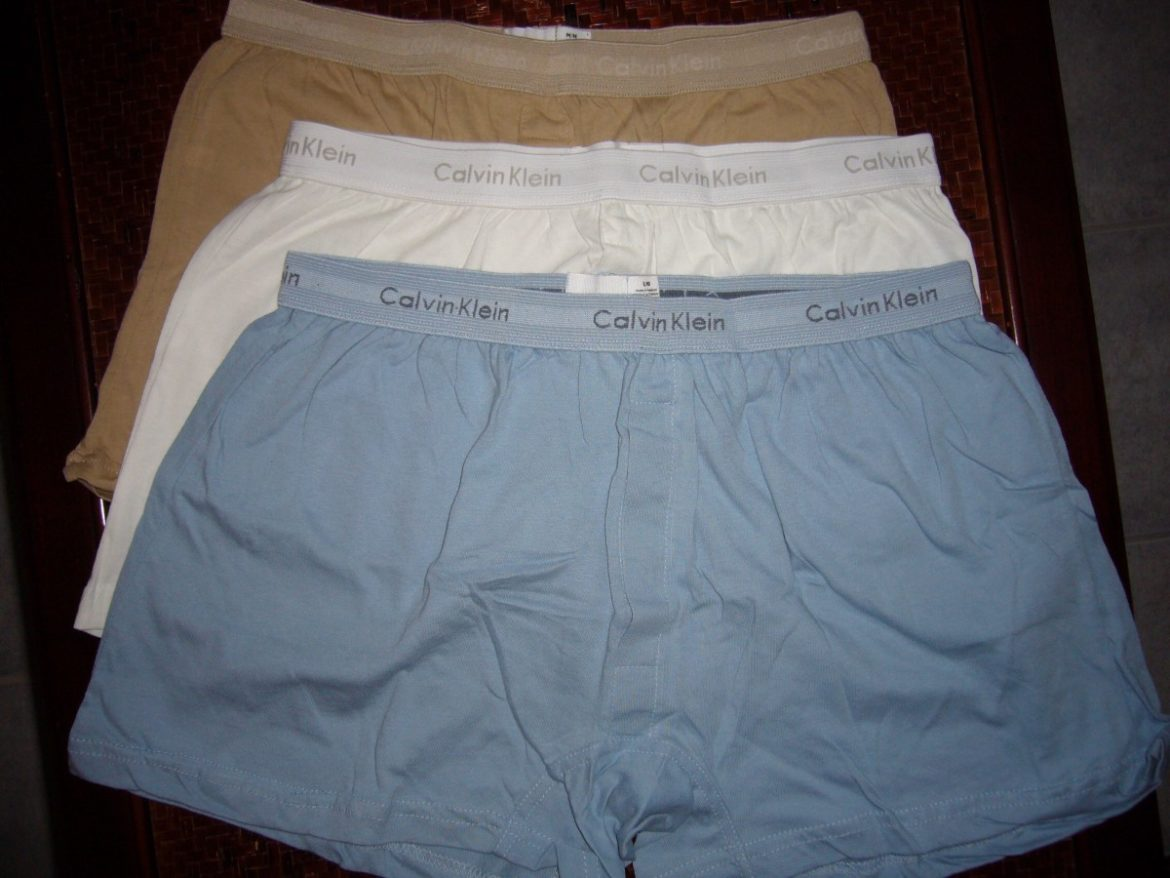 How to choose between boxer and brief underwear