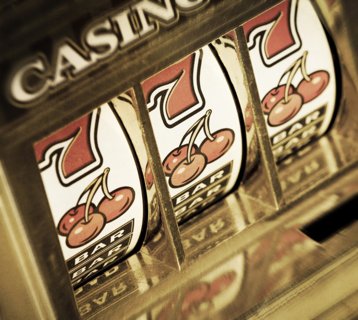 Playing online slot games are just as fun as playing at the actual casino. Keep reading to learn all about the best slot games to play online.