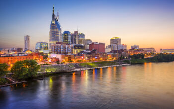 There are several different reasons to move to Nashville, Tennessee. You can click here to learn more about why this is a great place to live.